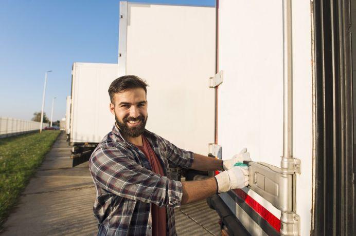 BOS licencje transportowe – na pomoc licencjom krajowym i międzynarodowym
